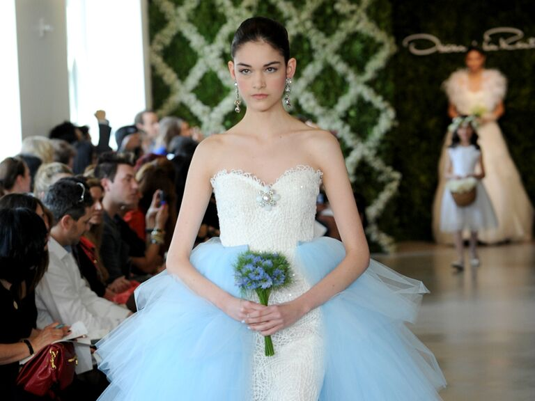 White Oscar De La A Wedding Dress With Blue Train