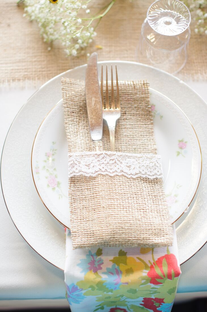 Burlap And Lace Place Settings With Floral Napkins