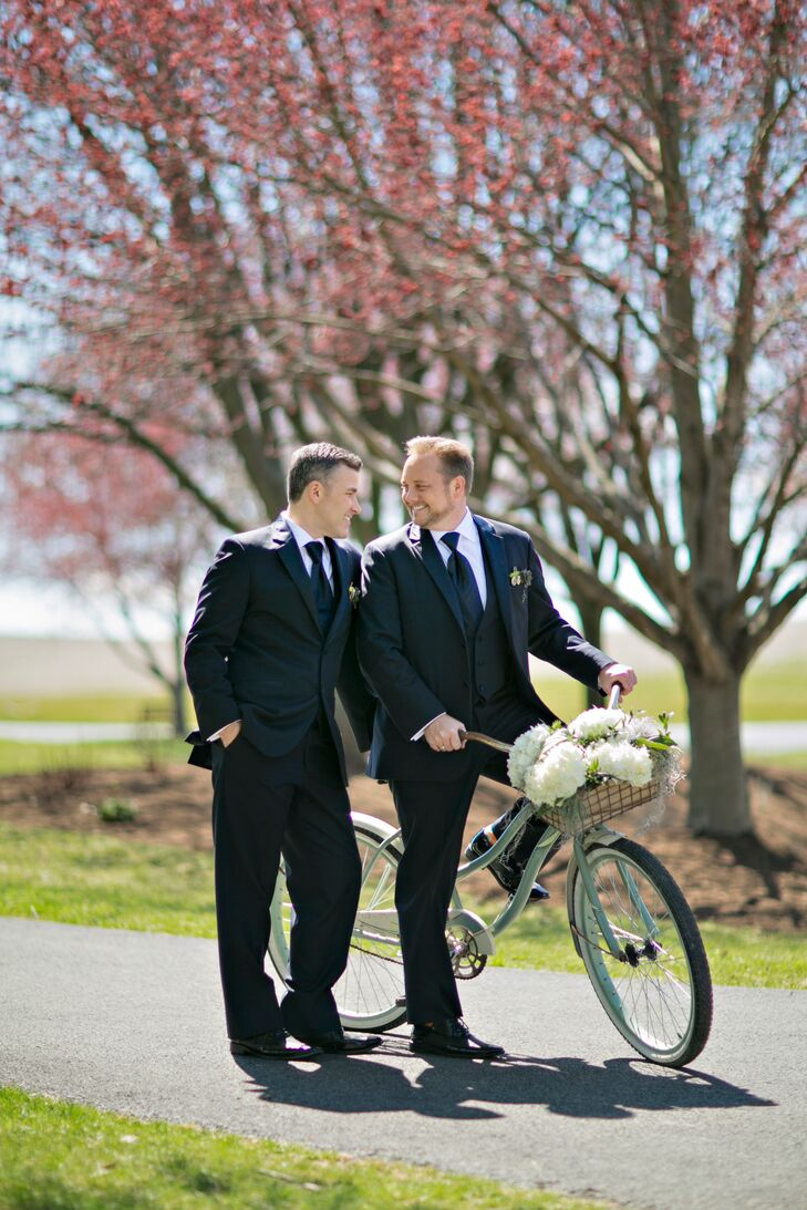 Vintage-Style Bicycle with White Peonies