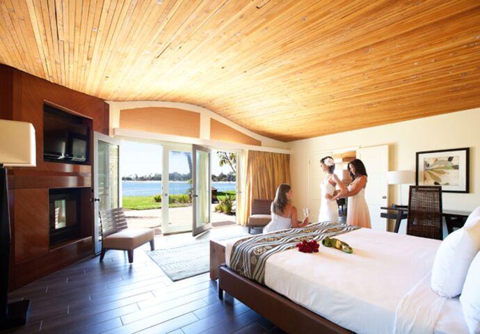 Paradise point resort spa san diego ca for 7 image salon san diego