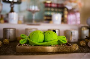 Two Peas in a Pod Decor