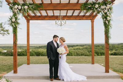 Chandelier Ridge Wedding and Event Venue