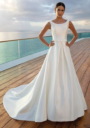 Demetrios 7994 A-Line Wedding Dress