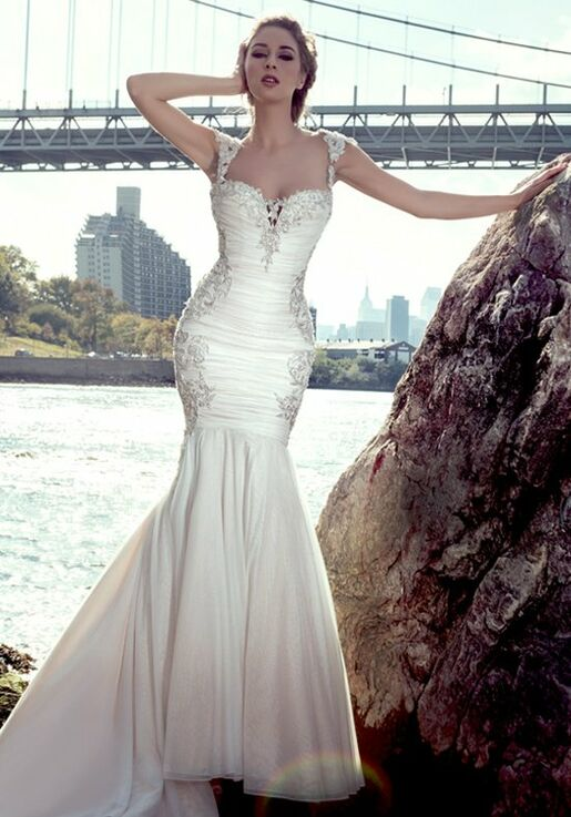 108054d04a3 Stephen Yearick KSY83 Wedding Dress - The Knot