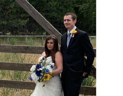 Gorge Romance Wedding Officiant