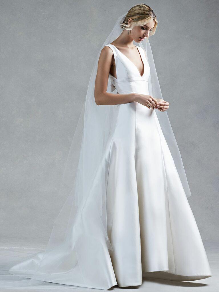 Oscar de la Renta Fall 2017 Collection: Bridal Fashion Week Photos