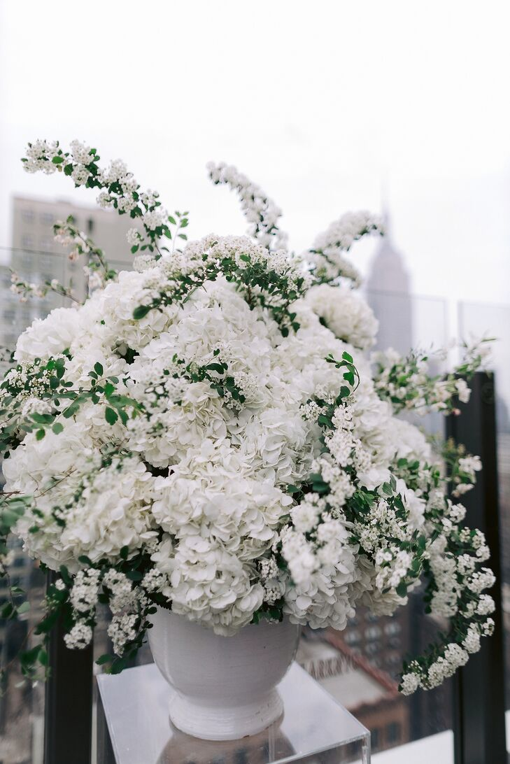 Large Alll-White Flower Arrangement
