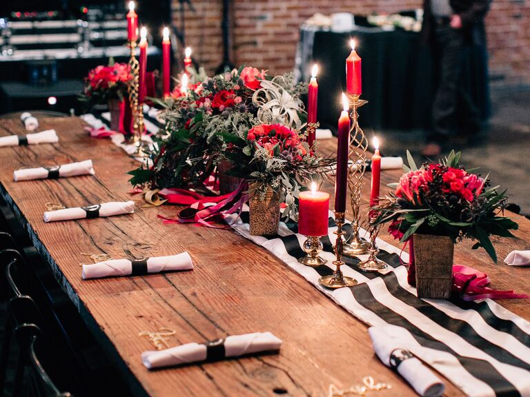 winter wedding ideas red candles