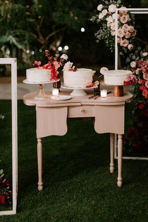 Three Single-Tier Cakes on Cake Table