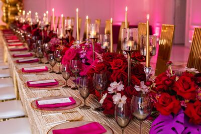 What's the Occasion Linens & Decor