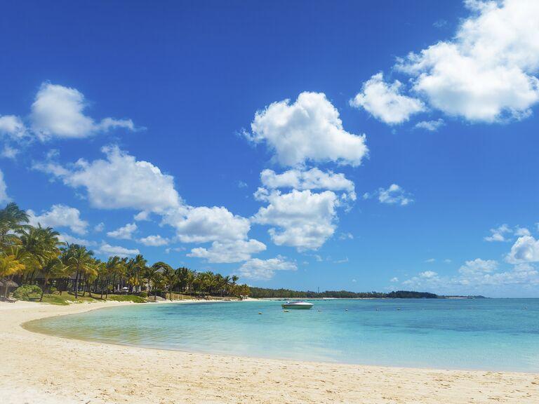 Bahamas Honeymoon: Weather and Travel Guide