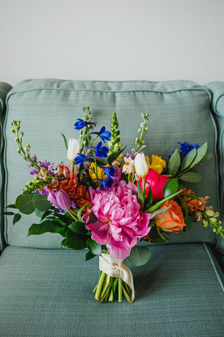 Colorful Bouquet at Pandemic Minimony in Dallas, Texas