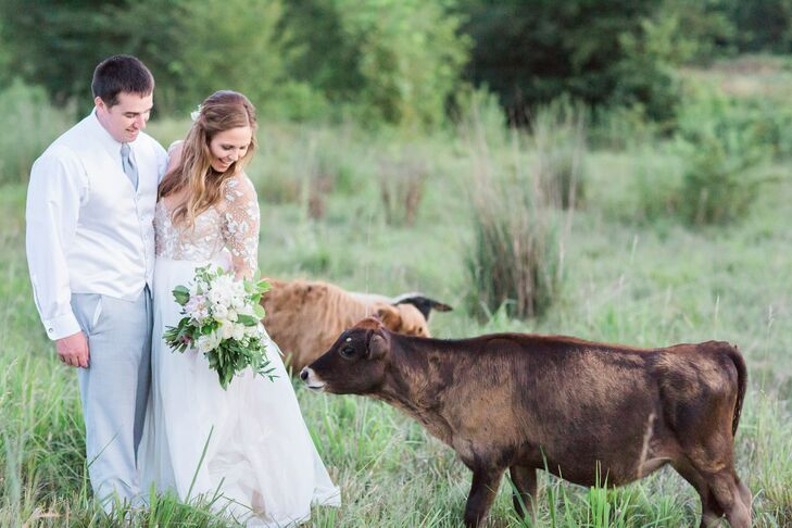 Randi Tobin (25 and a pharmacy student) and Clint Richardson (26 and an accountant) chose their farm venue for its country feel and rustic barn, which