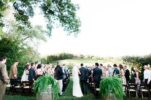 Understated Vineyard Ceremony Decor
