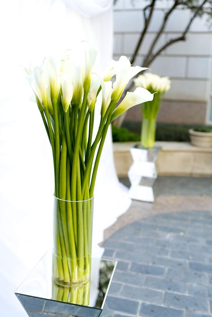 Modern White Calla Lily Decor