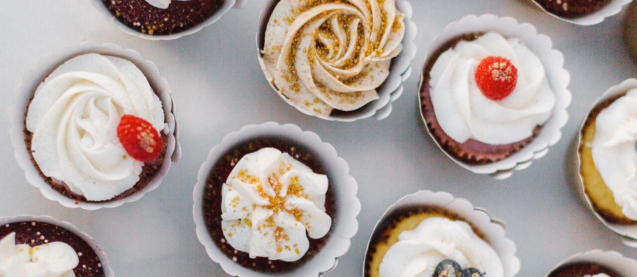 pastry shop + dessert