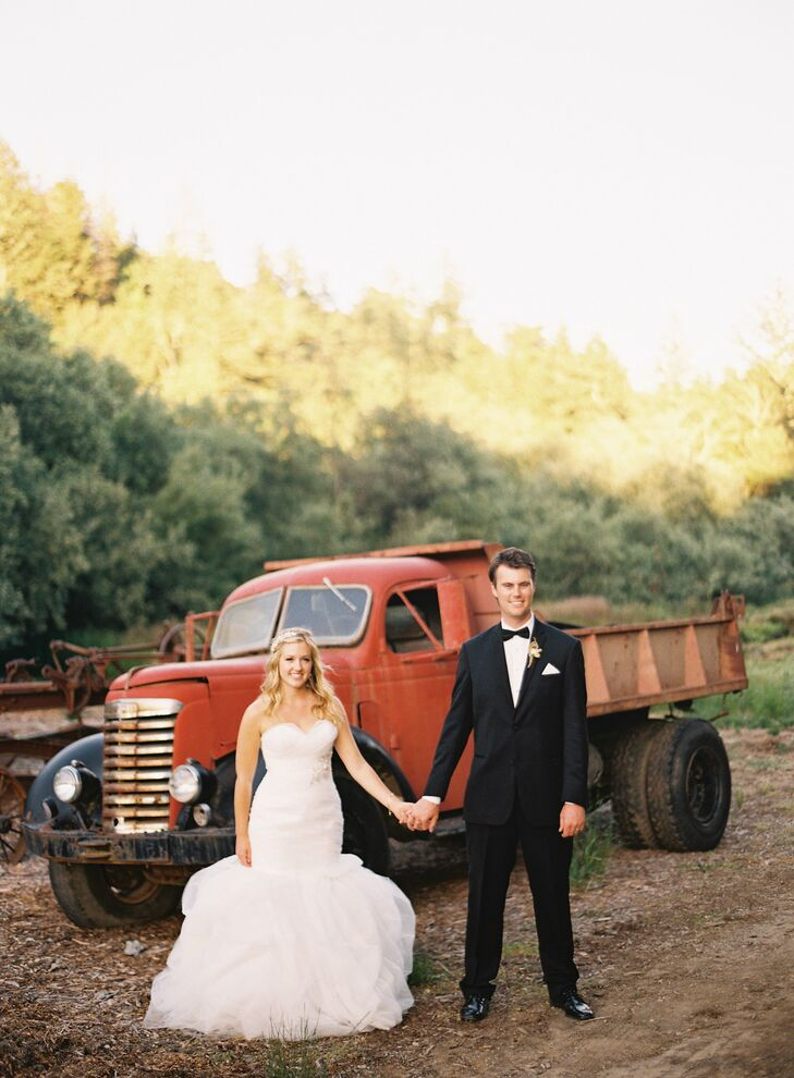 """The theme of Stephanie and David's wedding, in one word: peach. They drew inspiration from his nickname for her—""""little peach""""—and the ranch's former life as a fruit-packing orchard, and translated it into a soft-pink color palette. Radonich Ranch was the ideal spot for their romantic, """"handmade"""" event."""