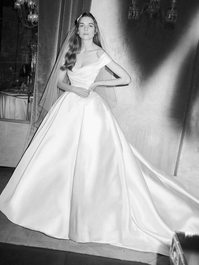 66a070c83a Elie Saab Spring 2019 off-the-shoulder satin ball gown wedding dress