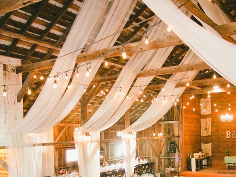 13 Easy Ways to Decorate Your Wedding Reception