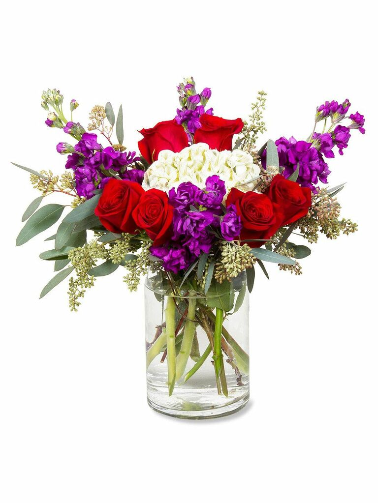 Flower delivery cute Valentine's Day gift for her