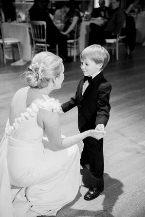 Adorable 'Frozen' Bride and Ring Bearer First Dance
