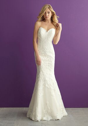 b732ce2f90 Lace Wedding Dresses