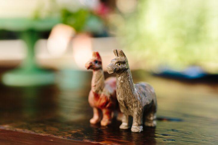 Eclectic Llama Figurine Décor