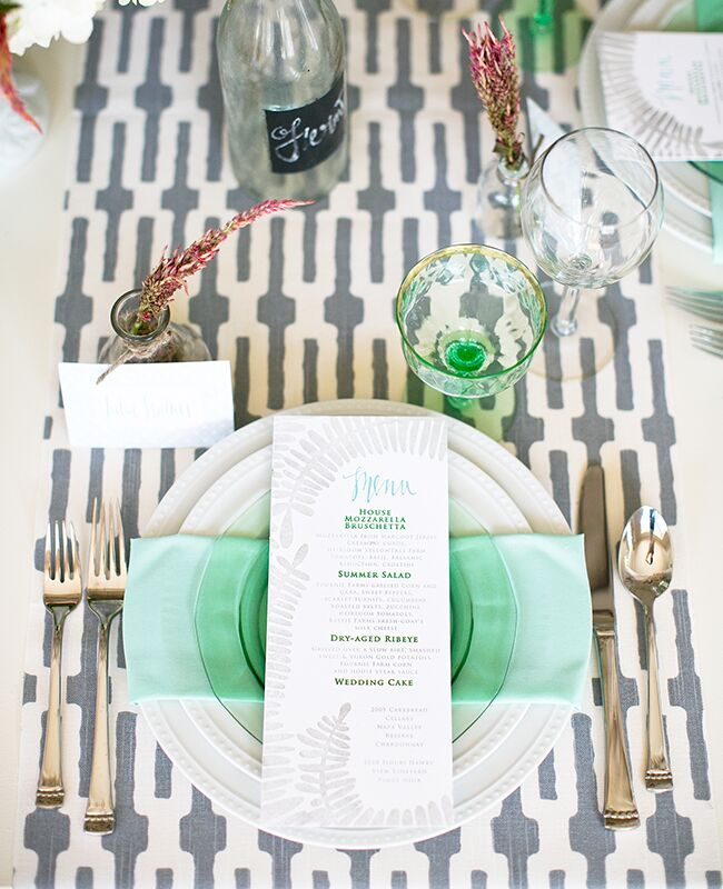 patterned tablecloths |<img class=