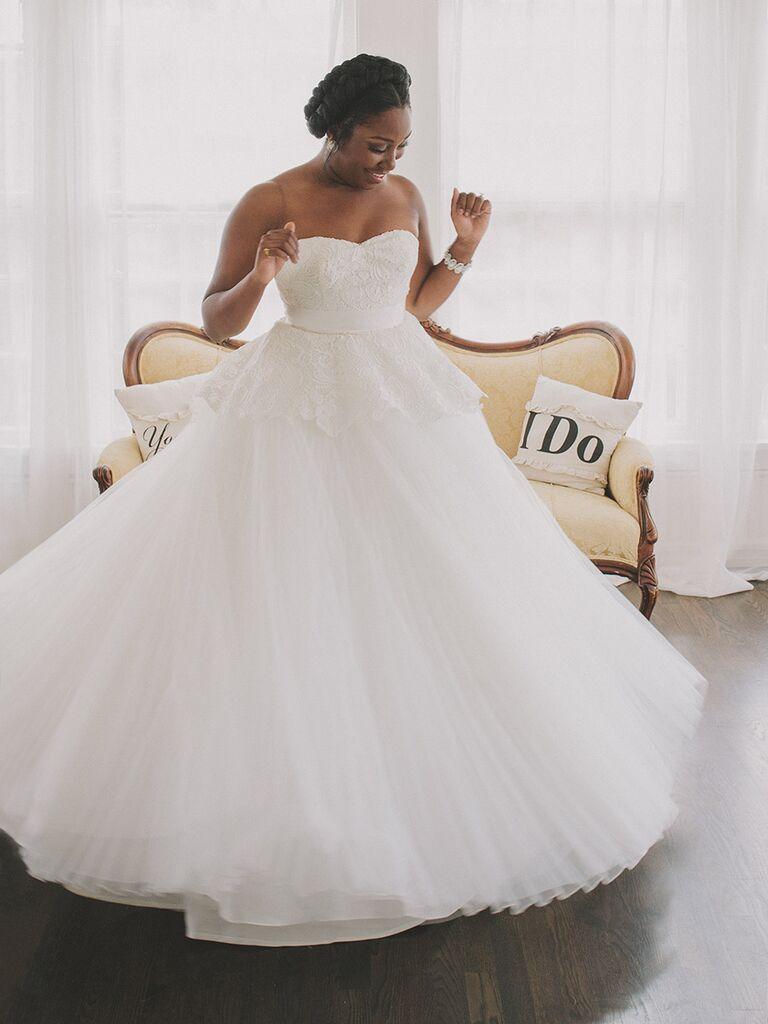 Classic wedding dress elegant ball gown