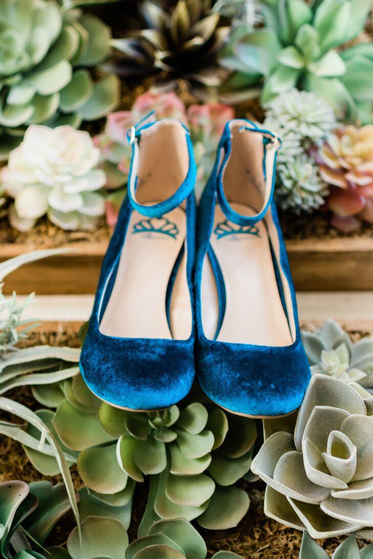 Retro Blue-Velvet Ankle-Strap Heels