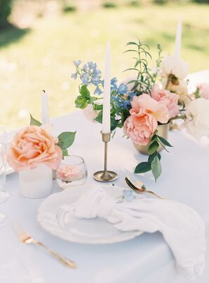 Simple, Elegant Peach and Blue Centerpieces