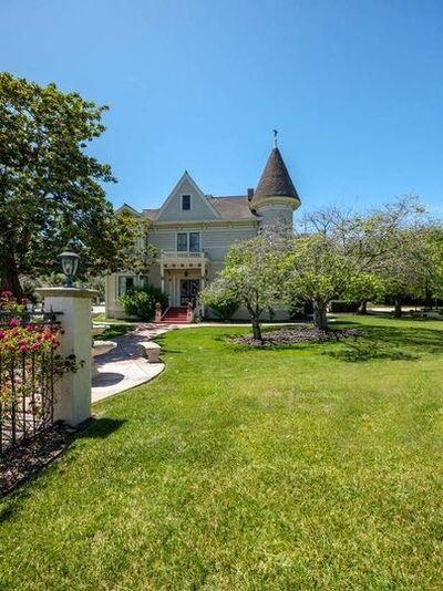 River Road Mansion