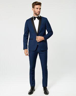 LE CHÂTEAU Wedding Boutique Tuxedos MENSWEAR_360365_019 Blue Tuxedo