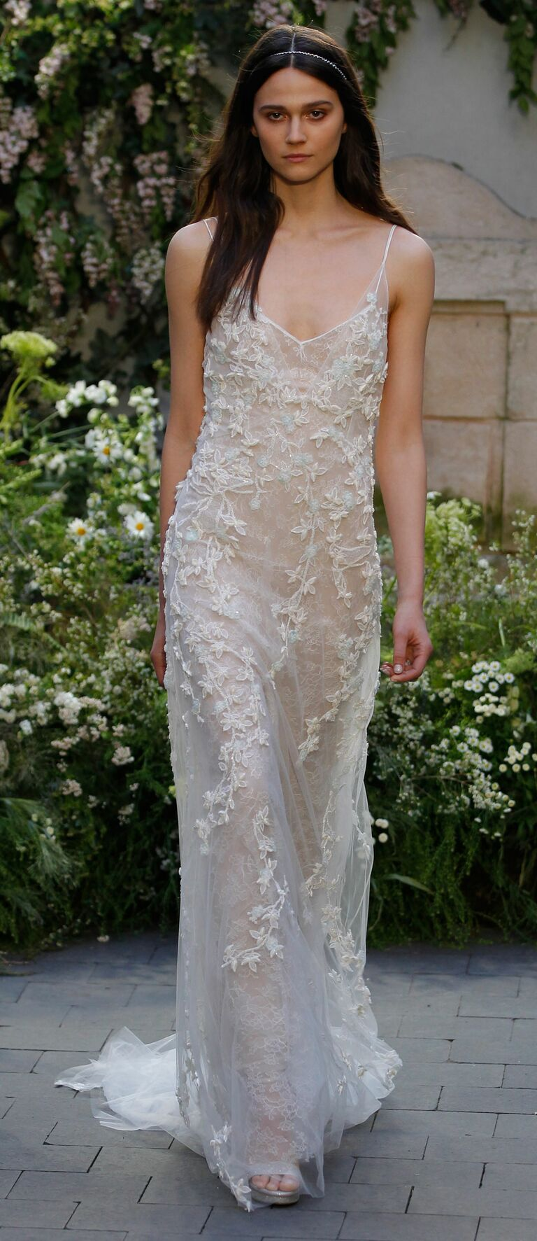 Monique Lhuillier Spring 2017 Collection: Bridal Fashion Week Photos