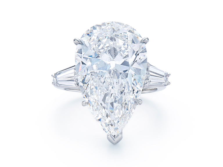 Kwiat pear-shaped diamond engagement ring