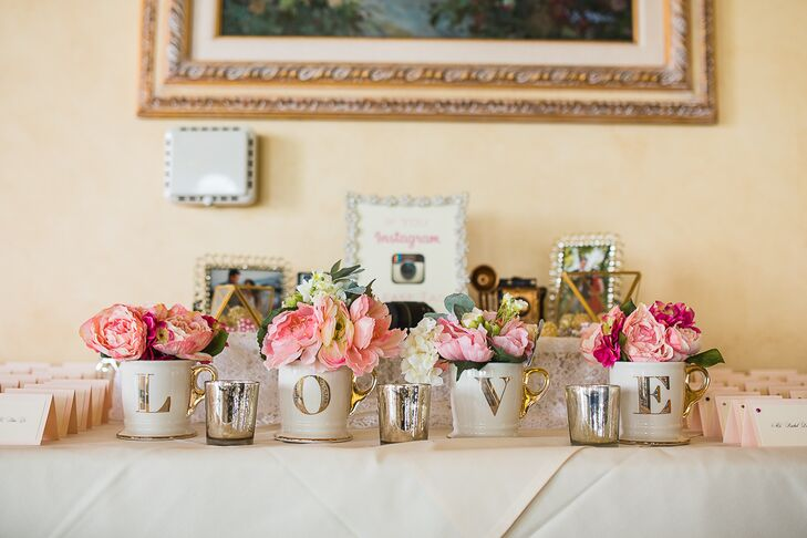 Table Arrangements with Pink Peonies and Roses