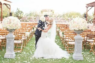 Some Like It Classic - Wedding Design