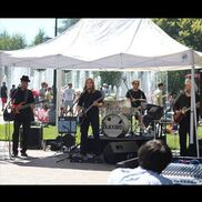 Beaverton, OR Cover Band | Blackbird