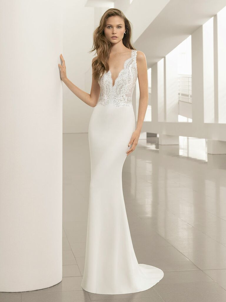 Rosa Clará Fall 2018 wedding dresses column gown with lace scalloped bodice
