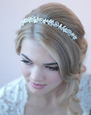 Dareth Colburn Adalia Freshwater Pearl Headband (TI-3256) Gold Headband