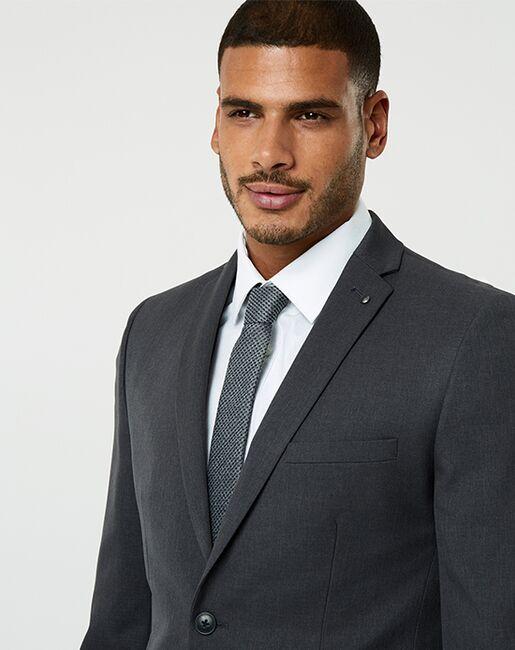 LE CHÂTEAU Wedding Boutique Tuxedos MENSWEAR_364284_202 Gray Tuxedo