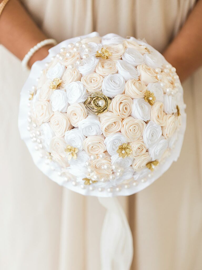 20 ideas for a unique wedding bouquet unique wedding bouquet with handmade fabric roses junglespirit Choice Image