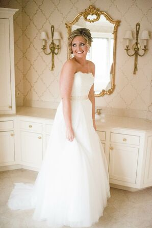 Classic Lace and Tulle Strapless A-Line Wedding Gown