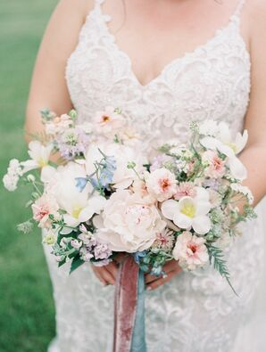 Pastel Bridal Bouquet at Cincinnati, Ohio, Wedding