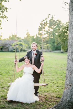Brittany and Blake's Rustic Washington Grass Inn Wedding