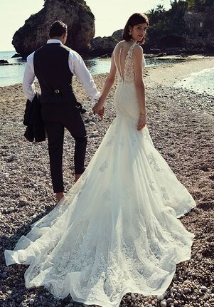 Justin Alexander 88077 Wedding Dress