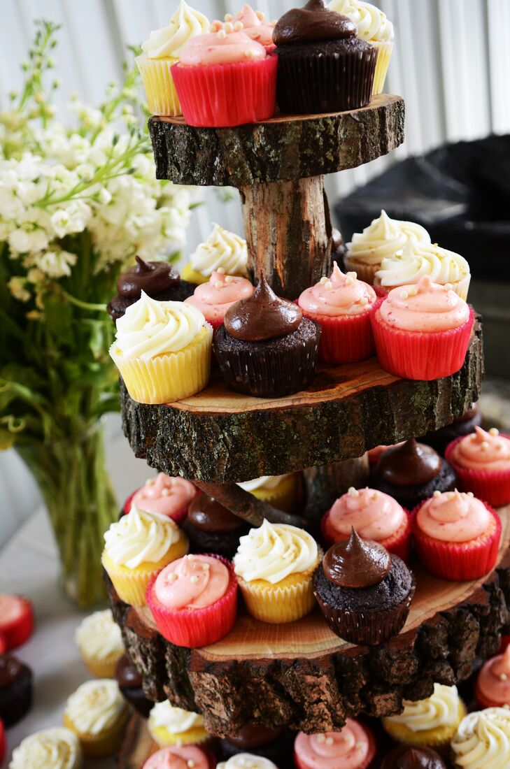 A tiered, wooden stand was used to display Zoey and Justin's dessert of choice. Not shown: the single carrot cake the newlyweds ordered just for themselves.