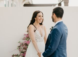 Carly Winokur (30 and a health care analyst) and Josh Hershey's (33 and works in retail training) wedding boiled down to just three things: marriage,