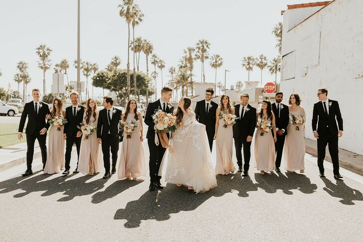 Kristin Godoy and Matt Christensen strived for a modern, bohemian wedding with views of the ocean. They decided on The Casino San Clemente for its whi