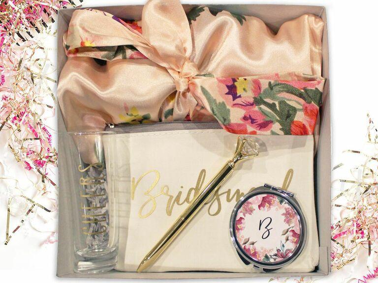 bridesmaid proposal box with robe